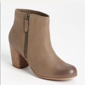 ❤️NORDSTROM BP TROLLEY LEATHER ANKLE BOOT ~ 8.5